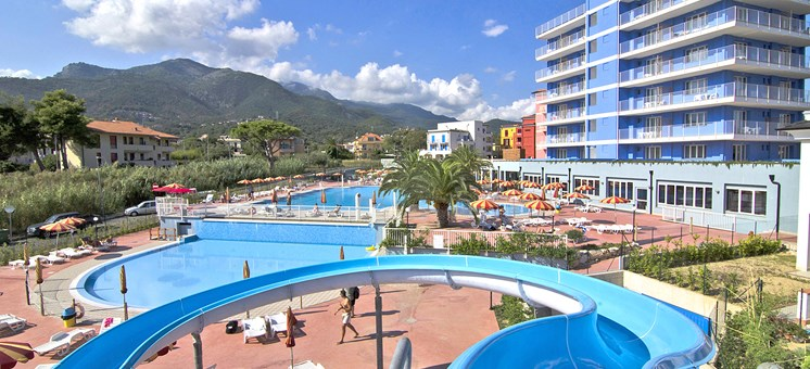 Angebote vom Ai Pozzi Village Family & Wellness Hotel**** in Loano/Liguria - Kinderhotel.Info