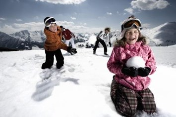 Kinderhotel: SKI IN - SKI OUT direkt an der Gondelbahn - Das Alpenwelt Resort****SUPERIOR
