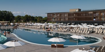 Familienhotel - Kinderbecken - Italien - Lino delle Fate Eco Village Resort