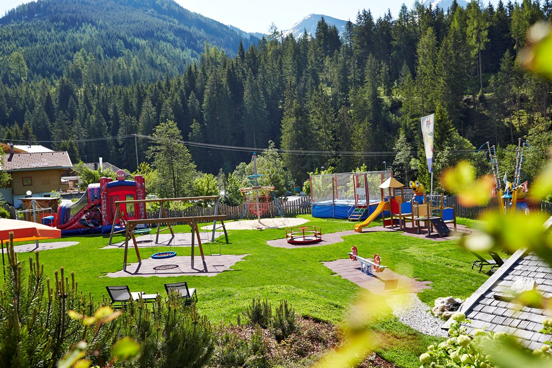 Kinderhotel: Langeweile ist adé - Almhof Family Resort & SPA
