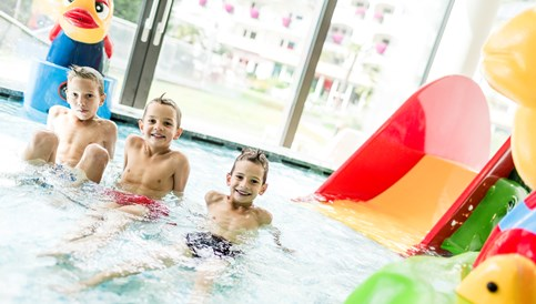 Kinderhotel: Kinderbecken und Babybecken - SONNEN RESORT ****S