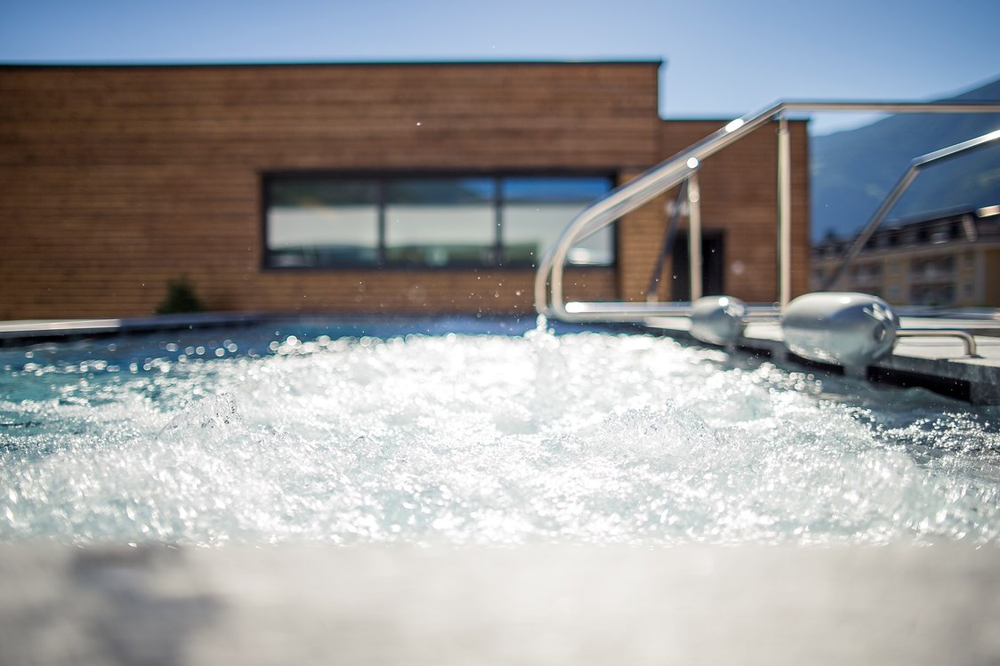 Kinderhotel: Sky SPA im Aquagarden - Whirlpool - SONNEN RESORT ****S