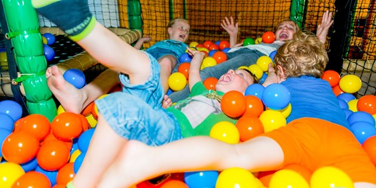 Kinderhotel: Playground - ULRICHSHOF Baby & Kinder Bio-Resort