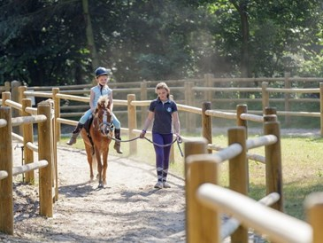 Kinderhotel: Pony reiten - Center Parcs Het Meerdal