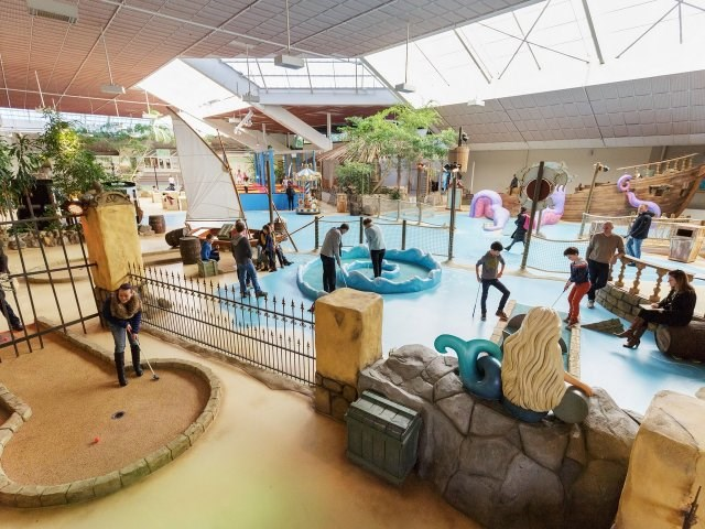 Kinderhotel: Indoor-Minigolf - Center Parcs De Vossemeren