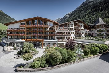 Kinderhotel: Das Central - Alpine.Luxury.Life - Das Central - Alpine . Luxury . Life