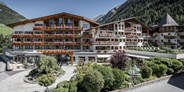 Familienhotel - Tiroler Oberland - Das Central - Alpine . Luxury . Life