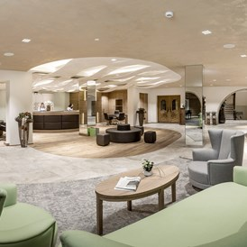 Kinderhotel: Rezeption und Lobby - Das Central - Alpine . Luxury . Life