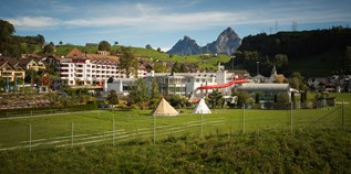 Familienhotel - Pools: Außenpool beheizt - Uri - Swiss Holiday Park