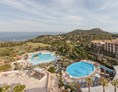 Kinderhotel: Pool und Hotelanlage - Pierre & Vacances Resort Cap Esterel