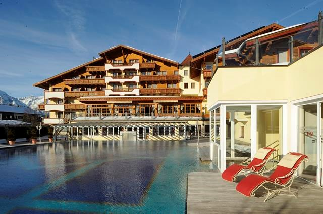 Kinderhotel: Pool - Alpenpark Resort Seefeld