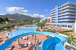 Kinderhotel - AI POZZI VILLAGE FAMILY & WELLNESS HOTEL****
