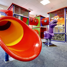 Kinderhotel: Kids Playworld Indoor - AHORN Hotel Am Fichtelberg